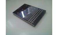 Bán 01 điện thoại Blackberry Pasport 16GB màu đen