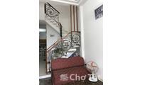 Cho thuê nhà góc 2MT 423 Võ Văn Tần