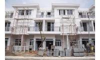 Nhà phố mới xây 2 lầuTrịnh Quang Nghị 2,39 tỷ, lãi suất 5% trong 5 năm
