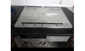 Chuyên sửa đá bàn bếp, chuyên lắp đặt bếp từ Nhật