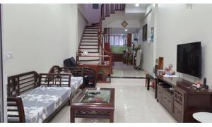Bán nhà hiếm 42m2*4T full nội thất ngõ 33 phố Mai Anh Tuấn, giá 3.75 tỷ.