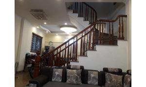 Tôi bán nhà mới, 3 mặt thoáng gần Hồ Ba Mẫu, 60m2 MT 9m, giá 5.85 tỷ.